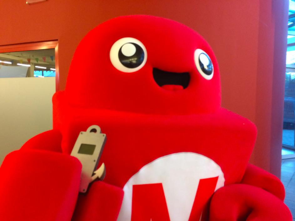 Makerfair Wesen mit DIY-Cellphone