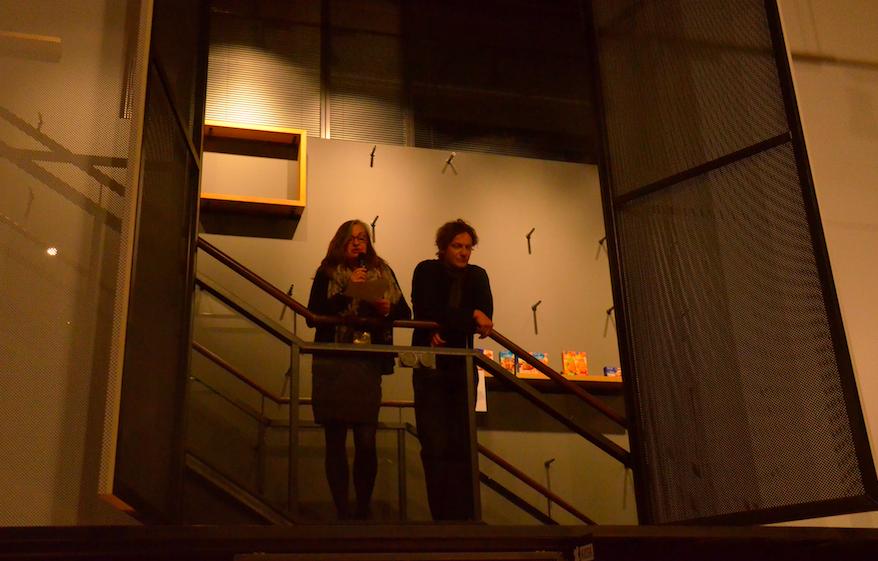 Eröffnungsrede von Babette Peters und Niels Boeing zur Cover und zur Fábrica Ausstellung im designxport