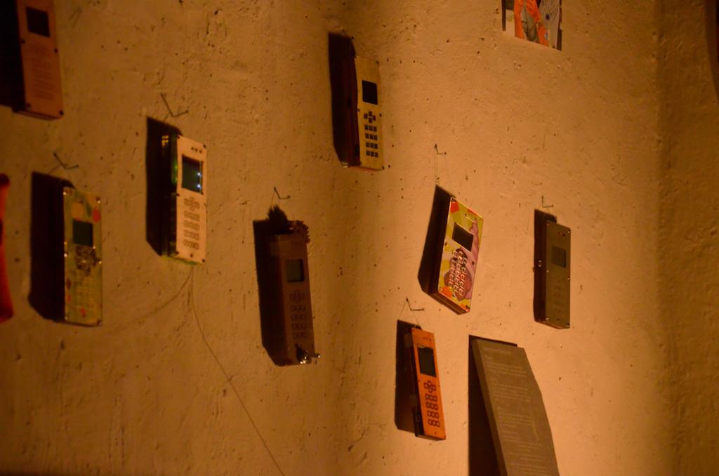 noch mehr DIY Telefone an der Wand