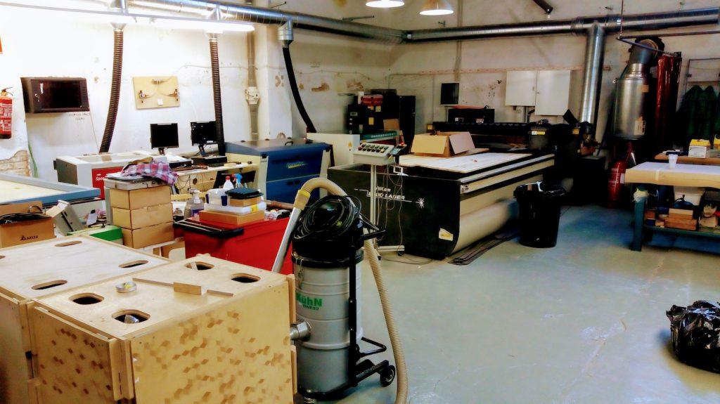 Der Raum für Lasercutter