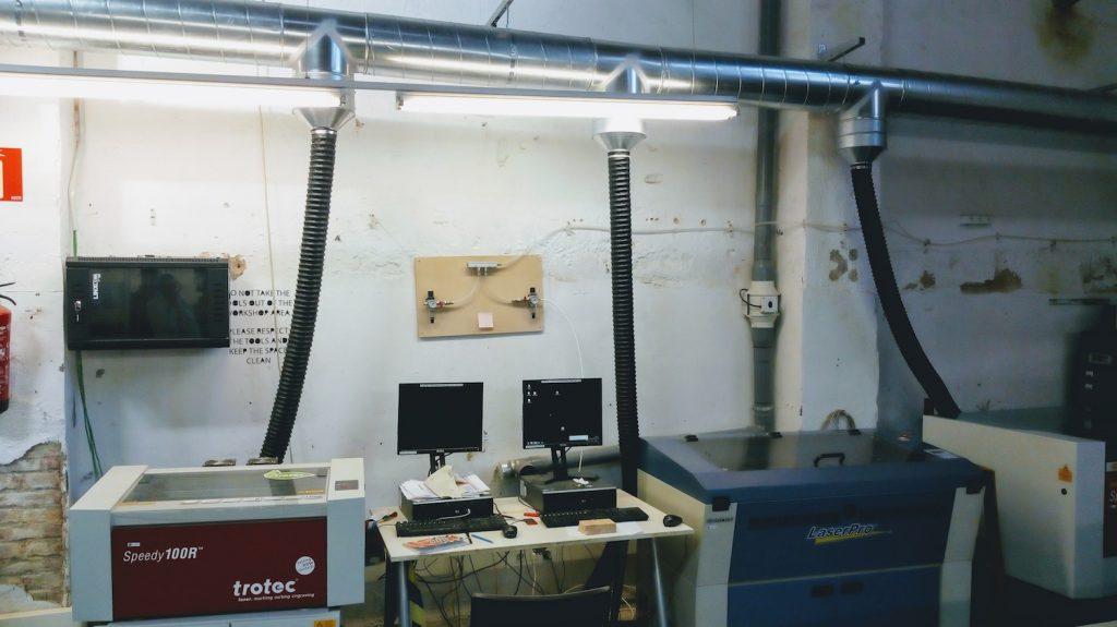 Abzugsanlage für die Lasercutter