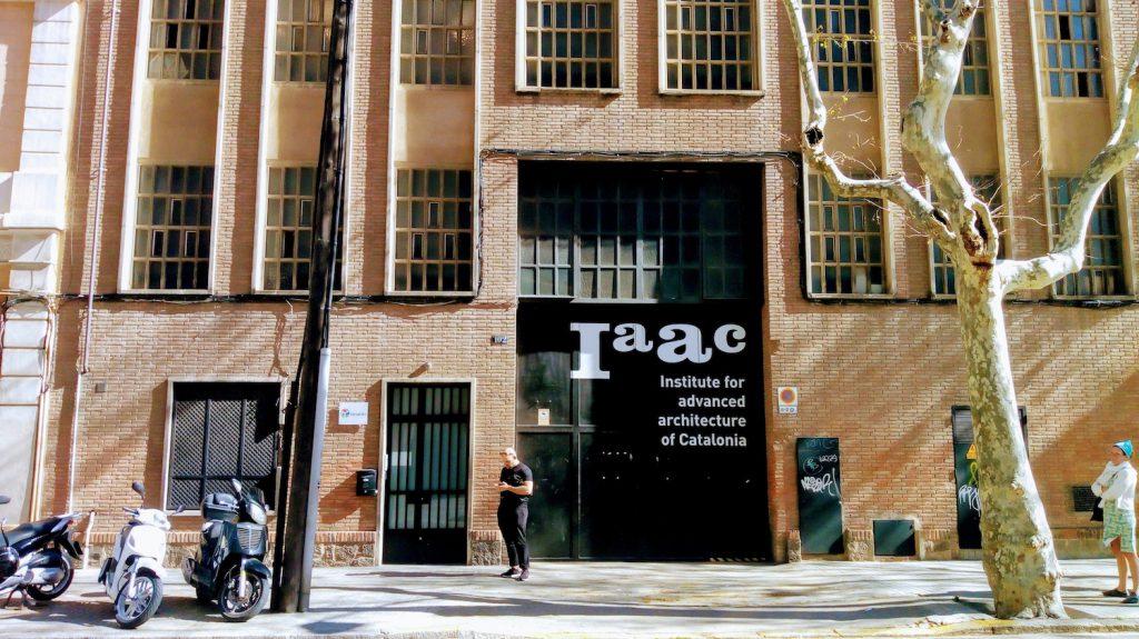 Fassade des Iaac in Poble Nou.